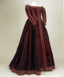 Pisa Gown