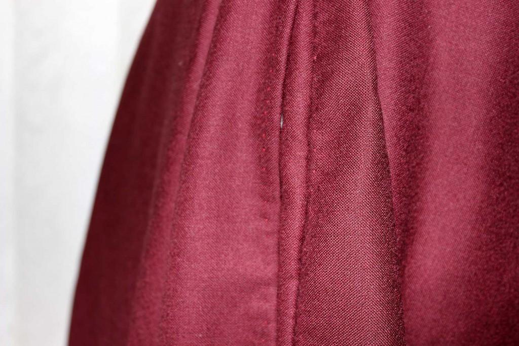 bound skirt opening