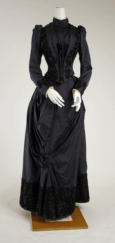 Metdress_1888