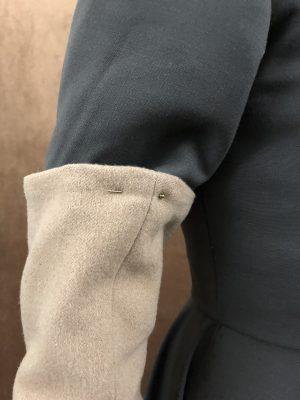 Pinned half sleeve
