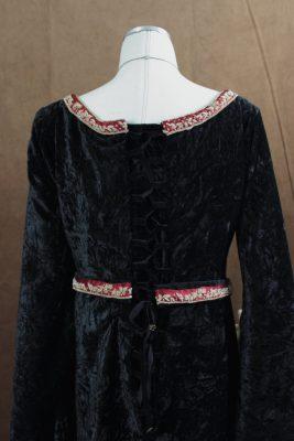 Velvet Elven Dress Back lacing Close Up